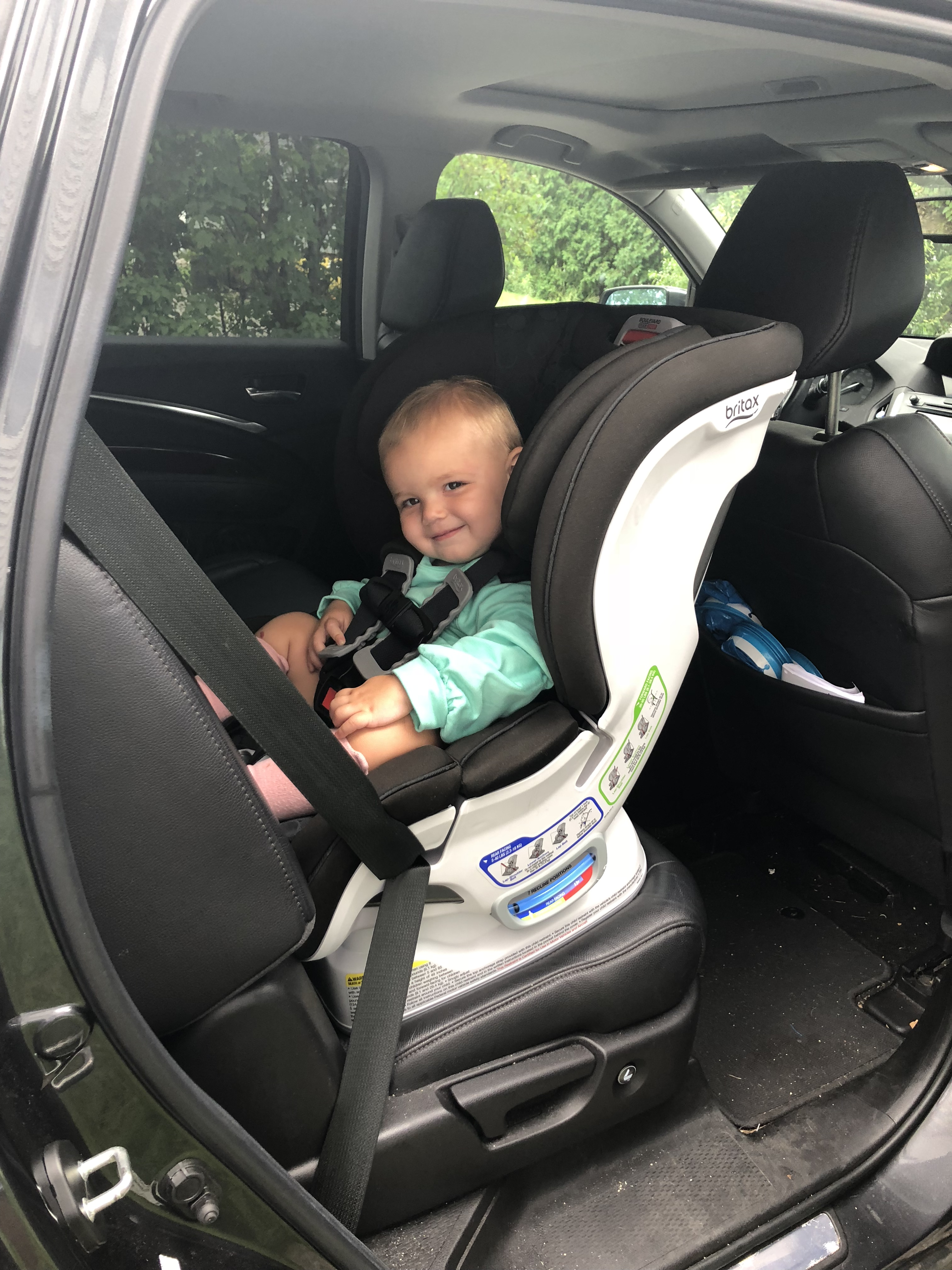 why we love our britax car seat being mom. Black Bedroom Furniture Sets. Home Design Ideas